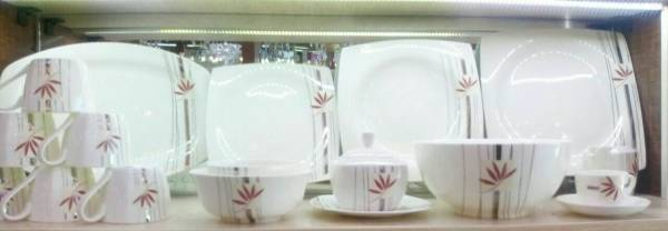 سرویس غذاخوری چینی 12نفره